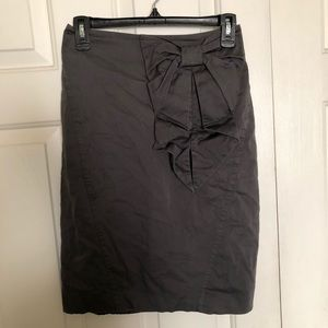 H&M Gray Skirt with Bow Women's Size 6